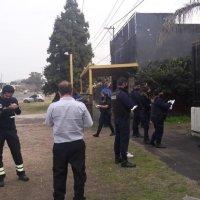 Por una fiesta clandestina en La Plata, la policía detuvo a los organizadores y varios asistentes en estado de ebriedad